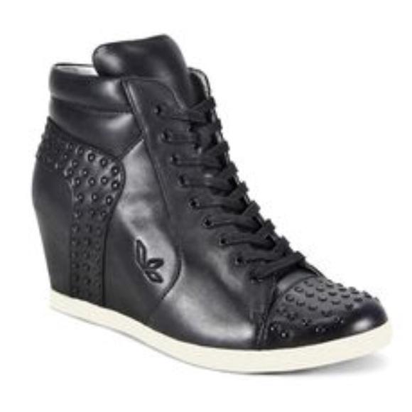 Koolaburra Leather Sneaker Wedge